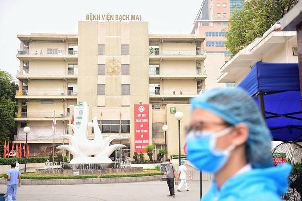 Riêng Nghệ An đã có gần 1000 người khám tại Bệnh viện Bạch Mai trong hơn 14 ngày qua