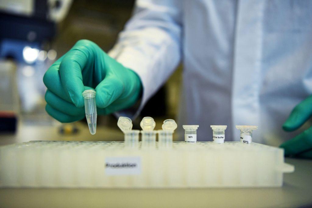 Κορονοϊός: Κέρδη πάνω από 10 δισ. δολάρια τον χρόνο από τα εμβόλια