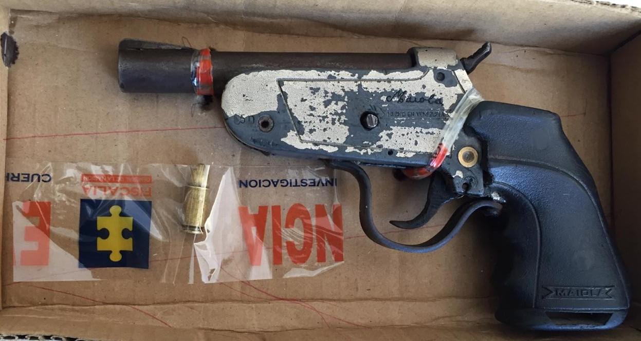 https://www.notasrosas.com/Policía Nacional aprehende en Riohacha a menor, con arma de fuego artesanal