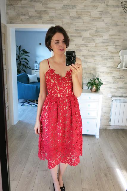 Red dress   Czerwona sukienka