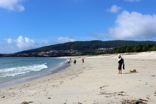 foto de peregrinos en la playa