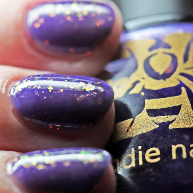 Bee's Knees Lacquer Linnea