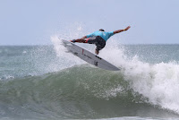 5 Jadson Andre Hang Loose Pro Contest 30 Anos foto WSL