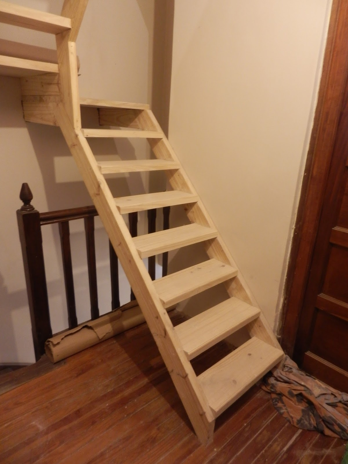Escaleras para altillos good escalera plegable altillo - Escaleras de techo ...