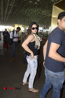 Bollywood Actress Zareen Khan Pictures in Jeans at Mumbai Airport  0004.jpg