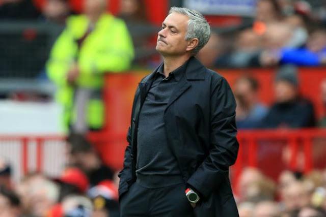 MU cực căng: Pogba ám chỉ Mourinho hèn nhát, chê chiến thuật sai lầm 2