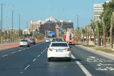 Entry into Abu Dhabi emirate need Corona negative test result