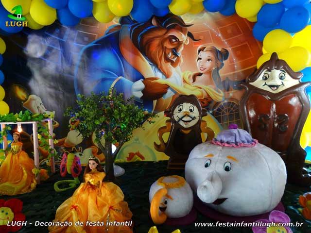 Decoração de festa A Bela e a Fera - Mesa decorada de aniversário