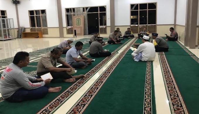 Pamatwil Polres Serang Kabupaten, Ikuti Kegitan Rohani di Masjid As-Salam Polres Serang