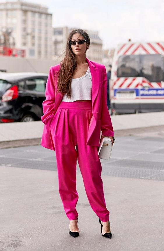 HOT PINK FASHION TREND