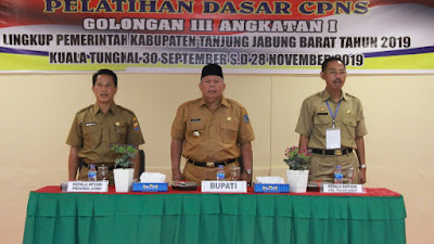 Bupati Safrial Buka Latsar CPNS Golongan III Kabupaten Tanjab Barat