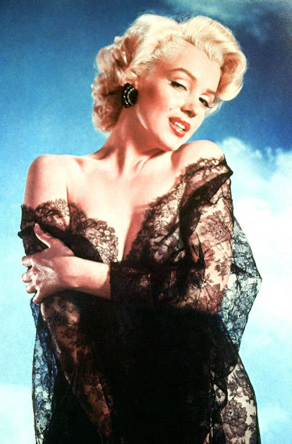 Beautiful Marilyn Monroe Photoshoots by Frank Powolny in 1952  vintage everyday