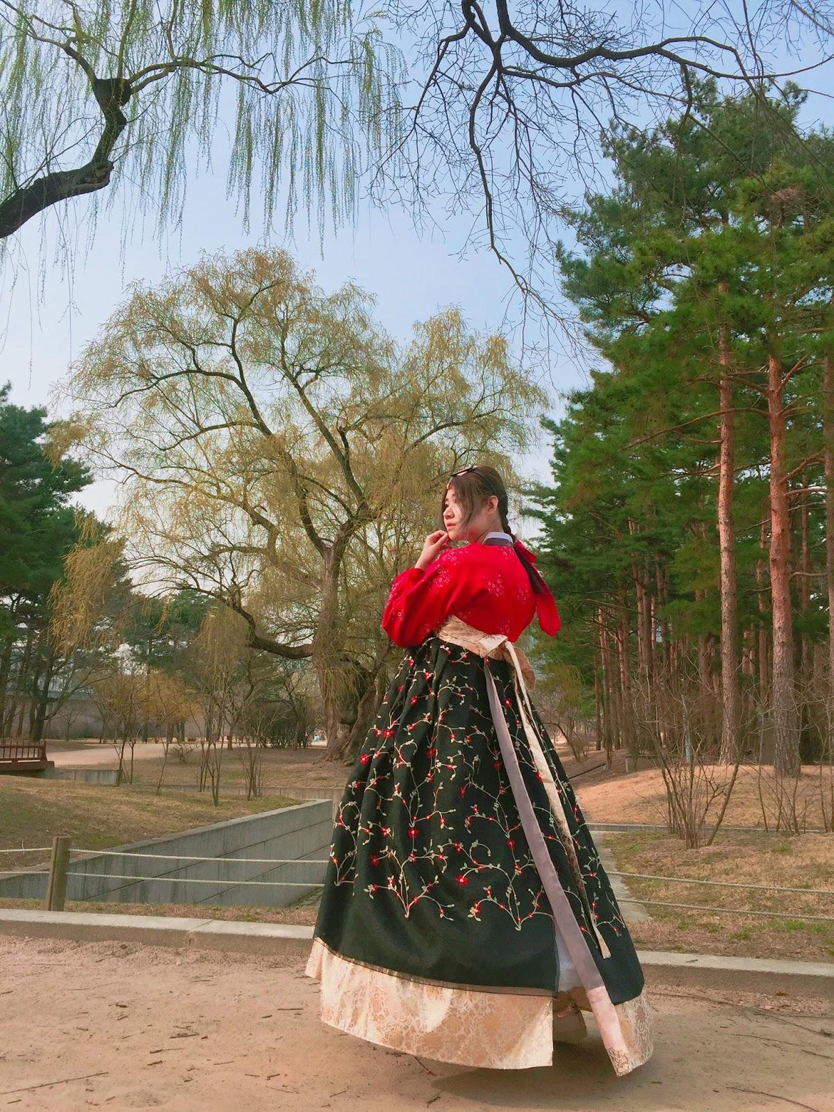 JOICY遊 | 韓國首爾 | 玩樂推介 | 情侶閨蜜必影韓服  | 雲畫的韓服구르미한복 | 韓服租借