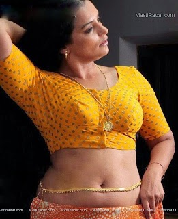 Mallu Actress and Aunty Hot and Sexy Photos in Saree and Blouse. - Hot Photos Portal - Actress Hot Photos, Hot Actress Pictures, Hot Images_files