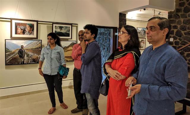 (L to R) Saniya Godbole, Jayant Godbole, Suvrat Joshi, Dr. Manjusha and Dr. Harshwardhan Mardikar