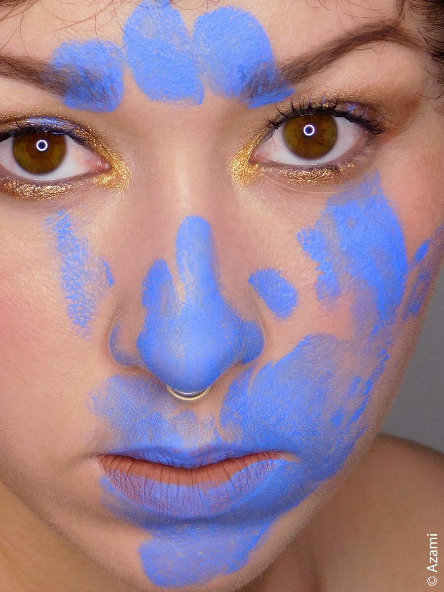 Paint Me, Blue Makeup Look - Paris & London Makeup Artist and Blogger - It's Azami - Snazaroo Face Paint Palette - BH Cosmetics Aurora Lights - Barry M Matte Me Up Lip Kit in Go To - The Body Shop Matte Clay Foundation Havana Sand - Nabla Cosmetics Regal Mauve Blush