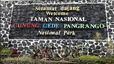 Gerbang masuk Gunung Gede Pangrango