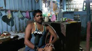 up से गुर लेकर आये ट्रक ड्राइवर से बागरा थाना 100 रुपया लेकर ट्रक पास करते है जो समस्तीपुर  में गुर का डिलीवरी हुआ