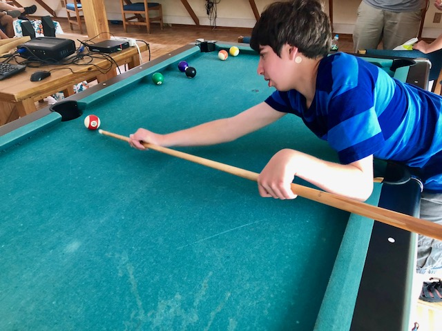 Love That Max : The right way to play pool or, really, do