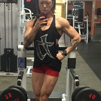 Huge female bodybuilders