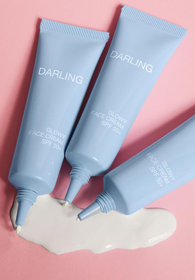 Glowy Face Cream SPF 50+ de Darling