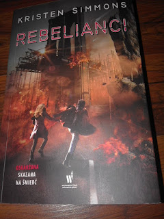 """REBELIANCI"" Kristen Simmons"