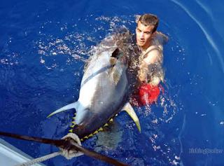 https://fishingbooker.com/charters/view/359