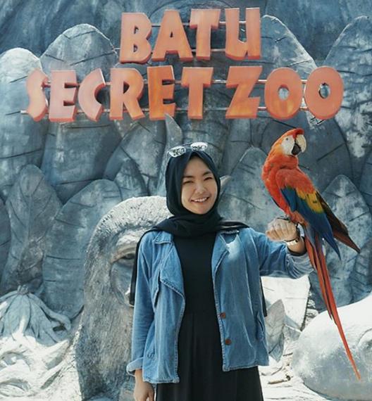 Kebun Binatang Batu Secret Zoo