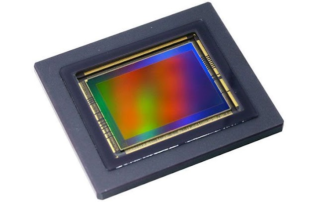 CMOS IMAGE SENSOR PRICE WAR: COMPETITION BETWEEN SAMSUNG AND SONY INTENSIFIED
