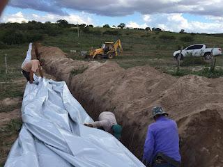Prefeitura de Baraúna constrói barragens subterrâneas