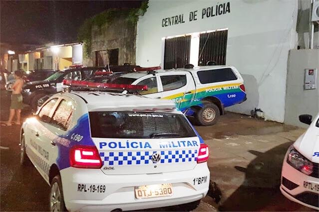 Populares espancam bandido que roubou lanchonete e assediou jovens