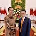 RAJA NUSANTARA | BANDAR TOGEL TERPERCAYA | CEO Alibaba Group Jack Ma, disambut Presiden Joko Widodo di Istana Kepresidenan Bogor.