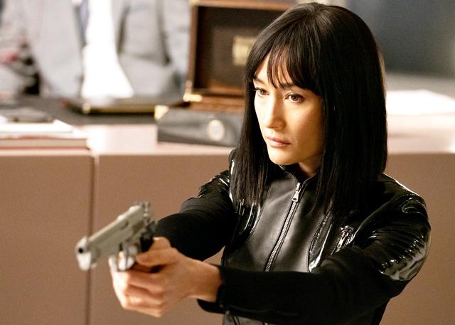 """CINEMA: Maggie Q é a assassina mais habilidosa do mundo no trailer de """"A Profissional"""" (COM VÍDEO)"""