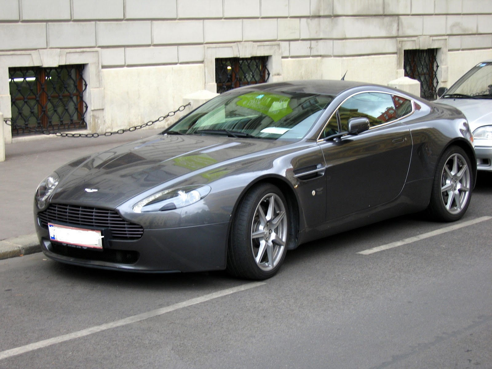 Car News: Aston Martin V8 Vantage