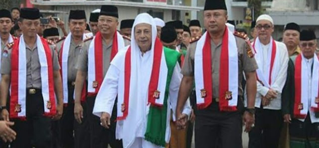 Habib Luthfi Bin Yahya: Para Wali Tiap Malam di Alam Kubur Doakan Keutuhan Indonesia