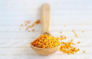 El polen de abejas es considerado uno de los alimentos más nutritivos y completos, se pueden encontrar casi todos los nutrientes necesario paras las personas