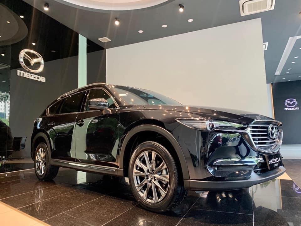 Mazda cx8 màu đen