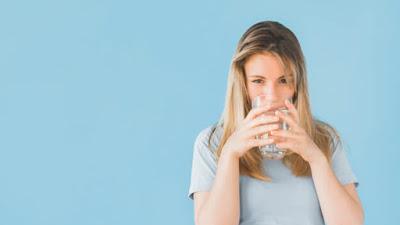 Apakah Air Minum Membantu Kamu Menurunkan Berat Badan?