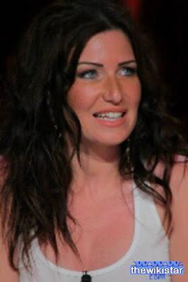 قصة حياة مريم بن مامي (Meriem Ben Mami)، ممثلة ومذيعة تونسية.