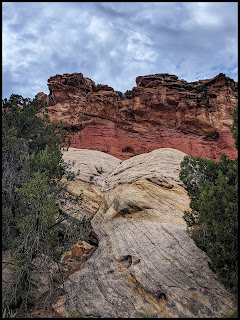 Amazing contrasting Deep reds with Stark whites close to the Hoodoo area in Cohab Canyon