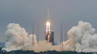 Roket China Diperkirakan Masuki Atmosfer Minggu Pagi