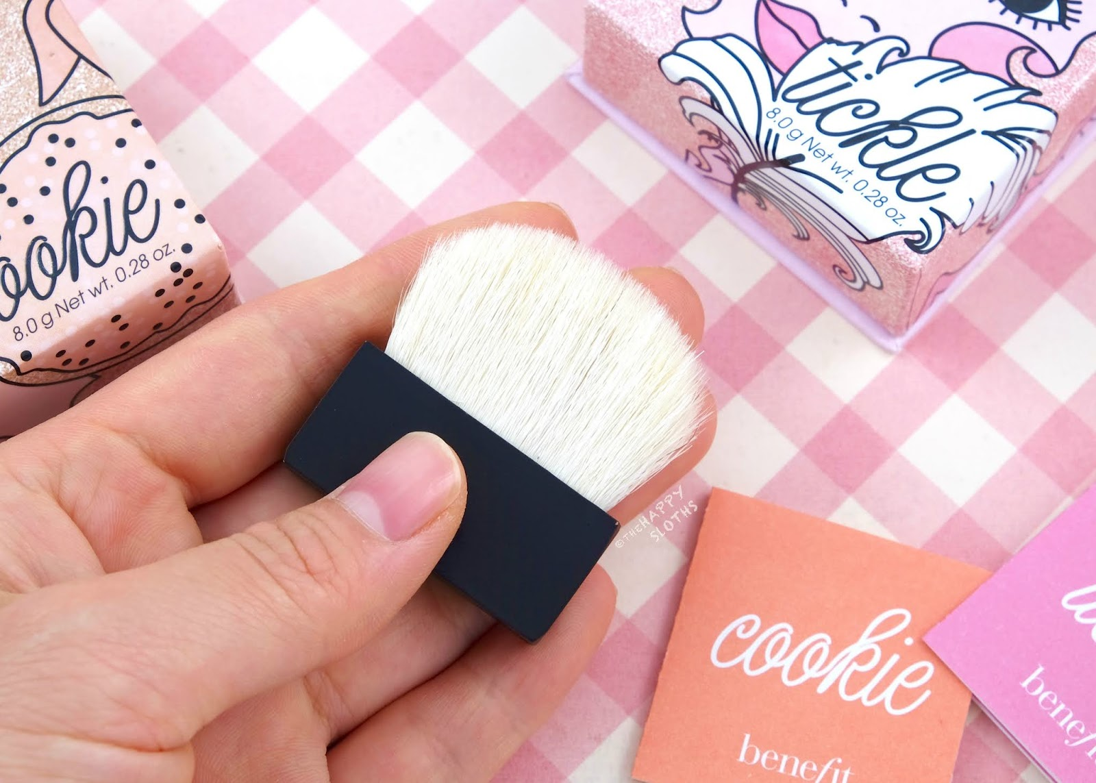 Benefit Cosmetics | Cookie Highlighter & Tickle Highlighter: Review and Swatches