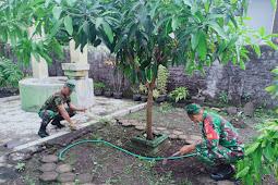 Ciptakan Lingkungan Kerja Yang Sehat, Koramil Trucuk Bersihkan Pangkalan