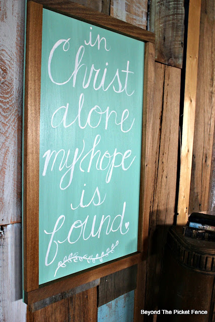 hand lettered sign, Easter, inspirational sign, hand painted, Jesus, http://bec4-beyondthepicketfence.blogspot.com/2016/03/simple-sign.html