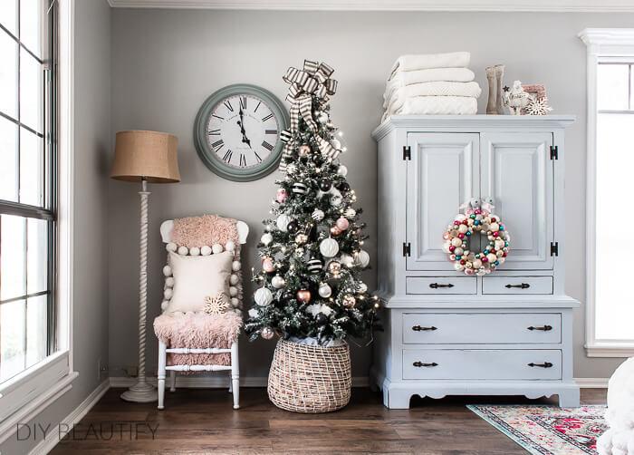 vintage pastel Christmas decor