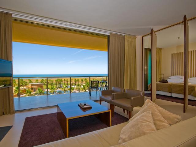 Hotel Salgados Dunas Suites em Albufeira - quarto