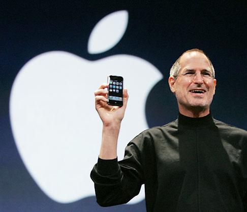 Steve Jobs iphone تعرف على قواعد ستيف جوبز السبعة للنجاح