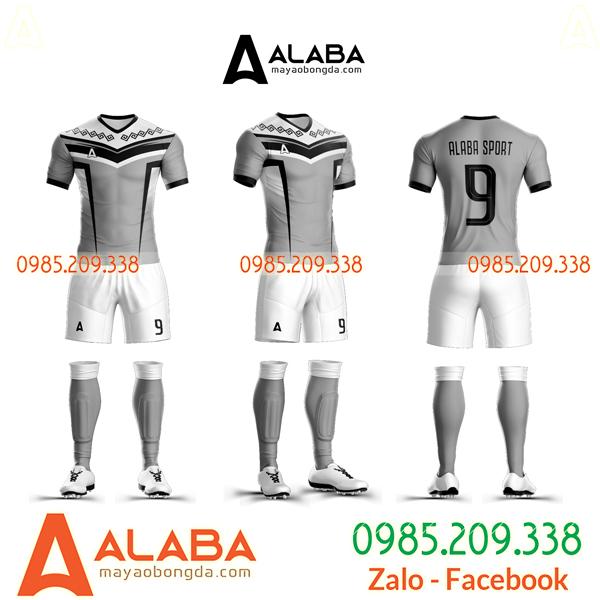 Bán áo bóng đá không logo
