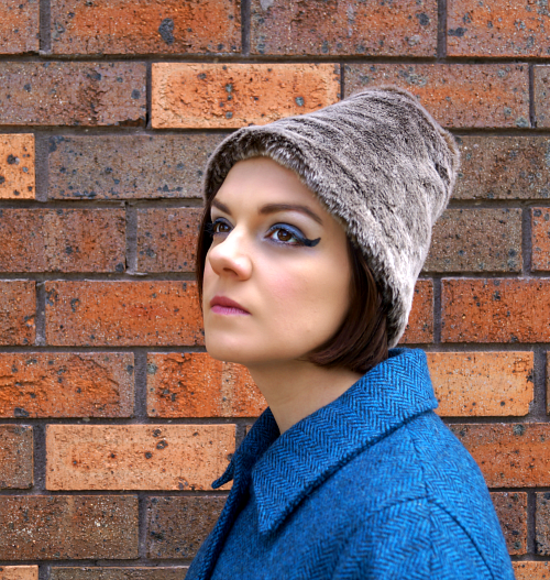 http://tanithrowandesigns.storenvy.com/products/7750305-1960s-style-grey-faux-fur-hat