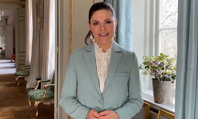 Crown Princess Victoria wore a green anitalia blazer from Rodebjer, and baroque pearl earrings from Cravingfor Jewellery. Princess Estelle